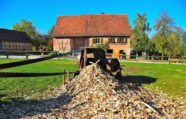 What to Do With Wood Chips From Chipper